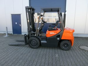 Doosan D30 GX Plus 3