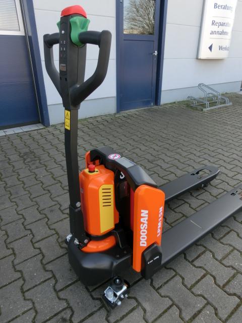 Doosan Lithium Power Niederhubwagen 1,5 t